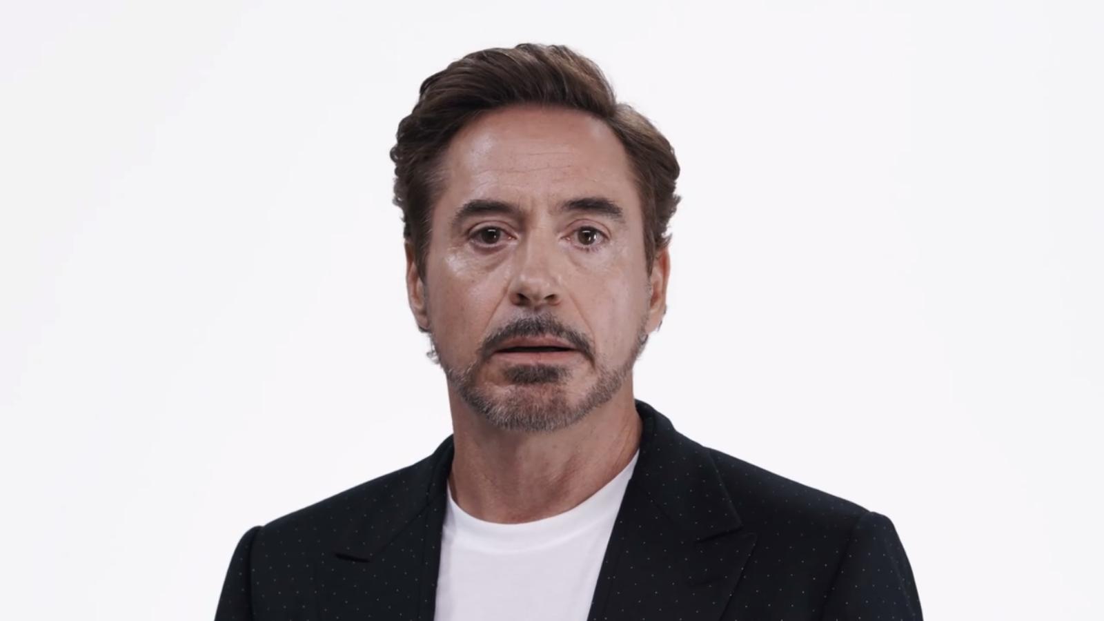Joss Whedon se reúne con Avengers en video anti Donald Trump
