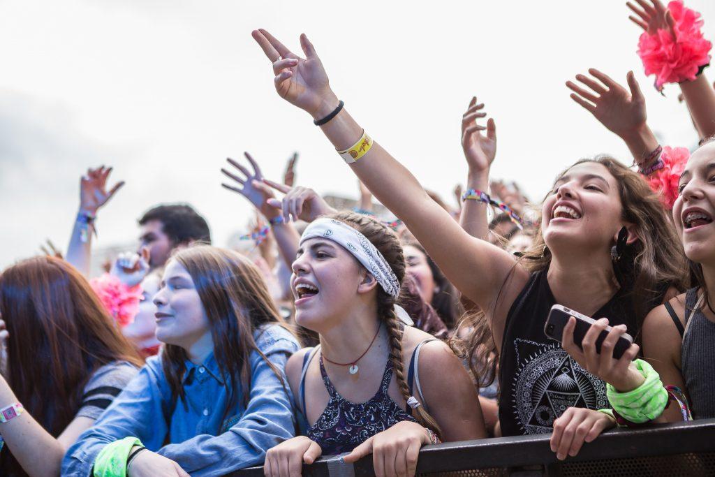 ¿Te encuentras en las fotos?: Mira cómo el público vivió la experiencia de Lollapalooza Chile