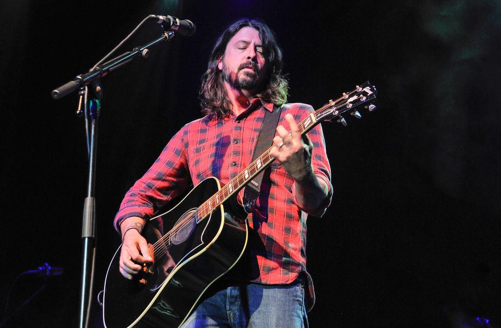 Foo Fighters estrena en vivo su nueva canción