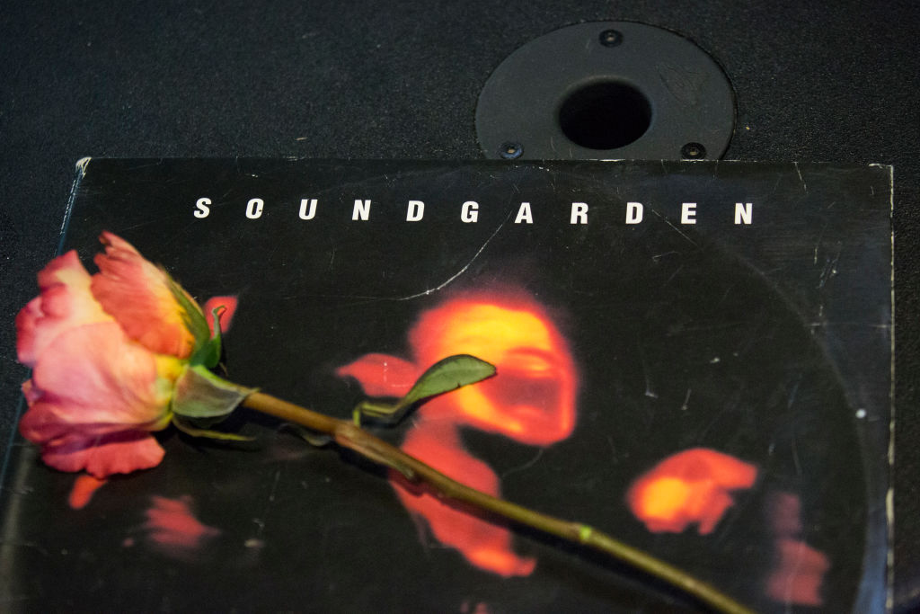 Confirman que el cantante Chris Cornell se suicidó