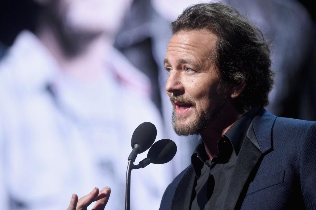 Eddie Vedder reveló que Paul McCartney lo golpeó