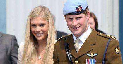Príncipe Harry invita a dos ex flechazos a su matrimonio con Meghan Markle.