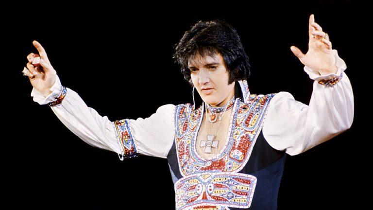 Elvis Presley The Searcher documental
