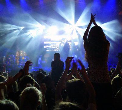 concert-441345_960_720