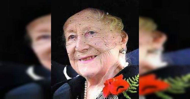 Nuevo Libro Sobre La Familia Real Britanica Revela La Rutina Alcoholica De La Reina Madre