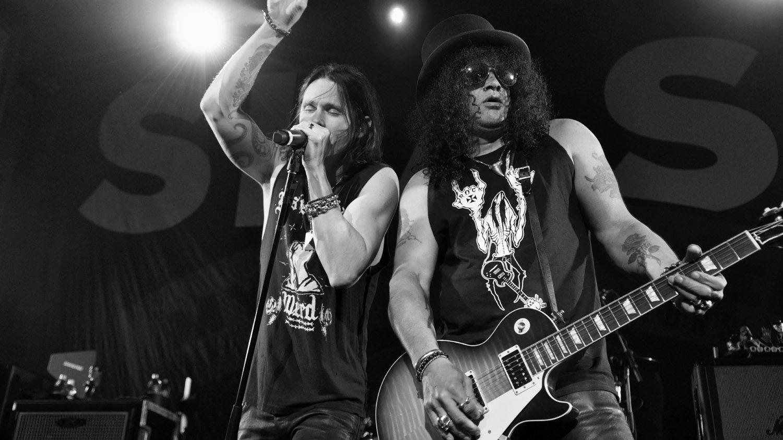 Slash lanza el entretenido videoclip de