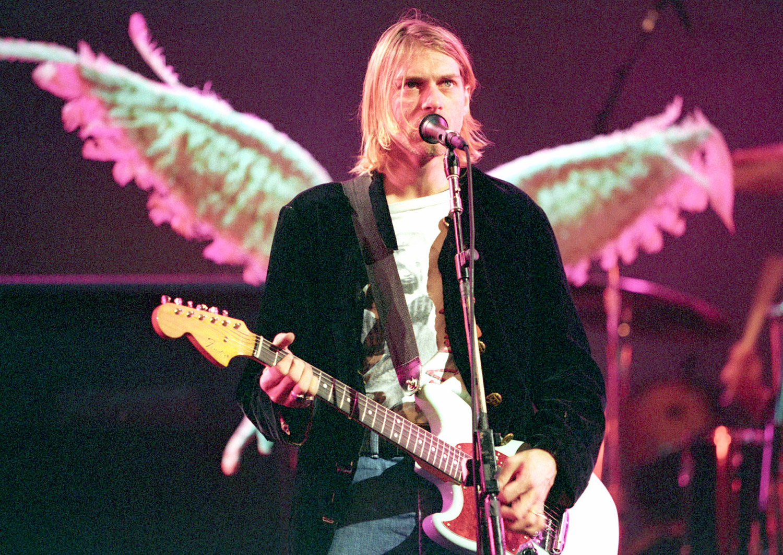 Kurt cobain photos scene crime