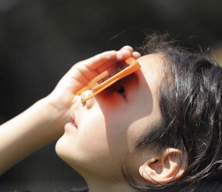 talleres eclipse niños