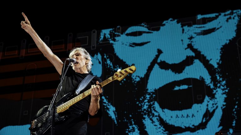 Roger Waters anuncia filme en vivo de su gira Us + Them