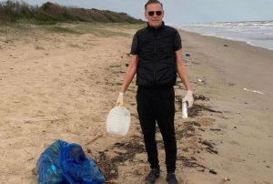 bryan adams basura en las playas