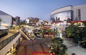 malls abiertos lunes 28 de octubre