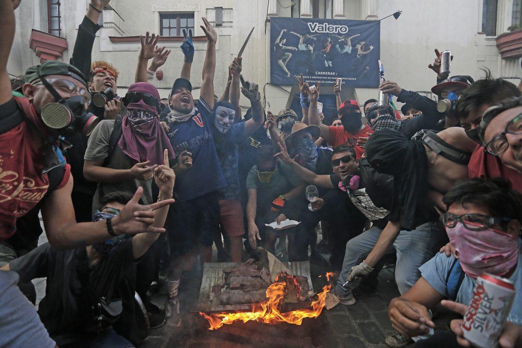 Manifestacion en Plaza Italia - FOTO: CRISTOBAL ESCOBAR/AGENCIAUNO