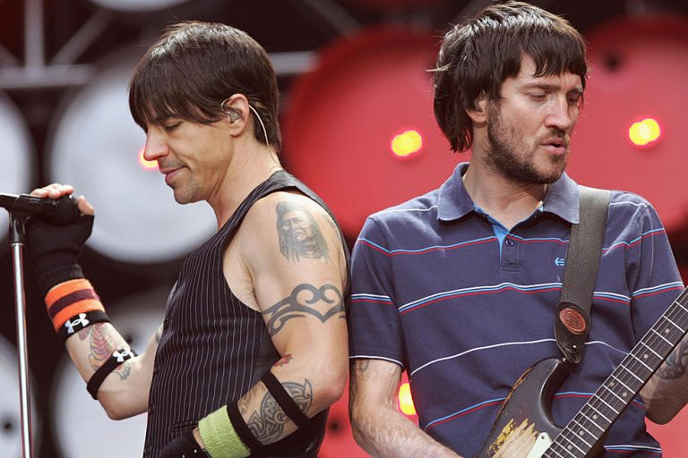 Red Hot Chili Peppers anuncia el regreso de John Frusciante