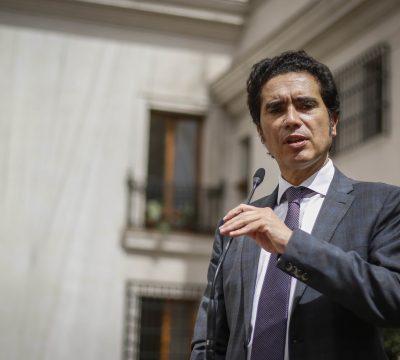 Ministro Briones dice que se podría adelantar la devolución de impuestos