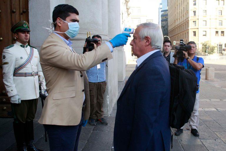 Cuarentena total en siete comunas de Santiago por coronavirus
