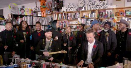 Coldplay realizó sorpresivo cover a Prince en una nueva Tiny Desk