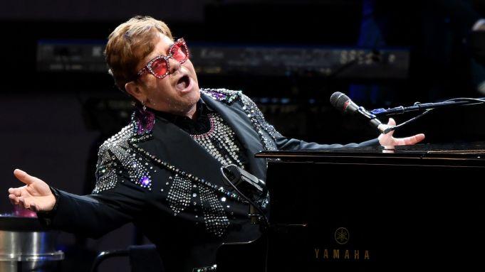 Elton John y Billie Eilish se unirán en especial concierto vía streaming