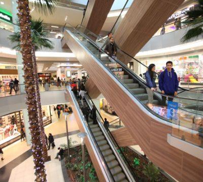 Centros comerciales no cobrarán arriendo a locales comerciales afectados