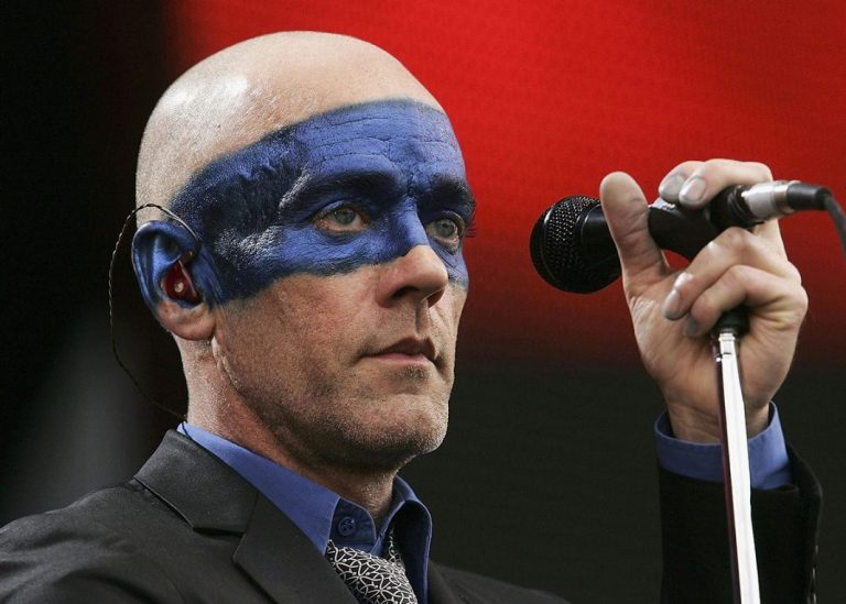 """""""No Time For Love Like Now"""": Michael Stipe de R.E.M sorprende con nuevo demo"""