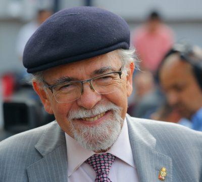 El profesor José Maza realizará clase online