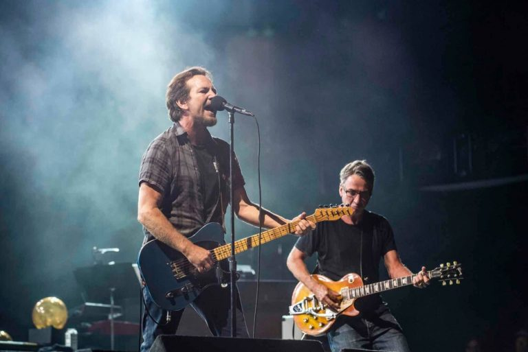 pearl jam dance of the clairvoyants