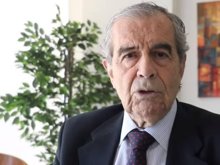 """Pérez de Arce y el """"País del Rechazo"""": llamó a ciertas comunas a separarse  de Chile"""