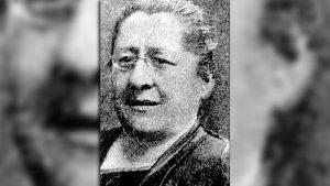 Petrona Eyle