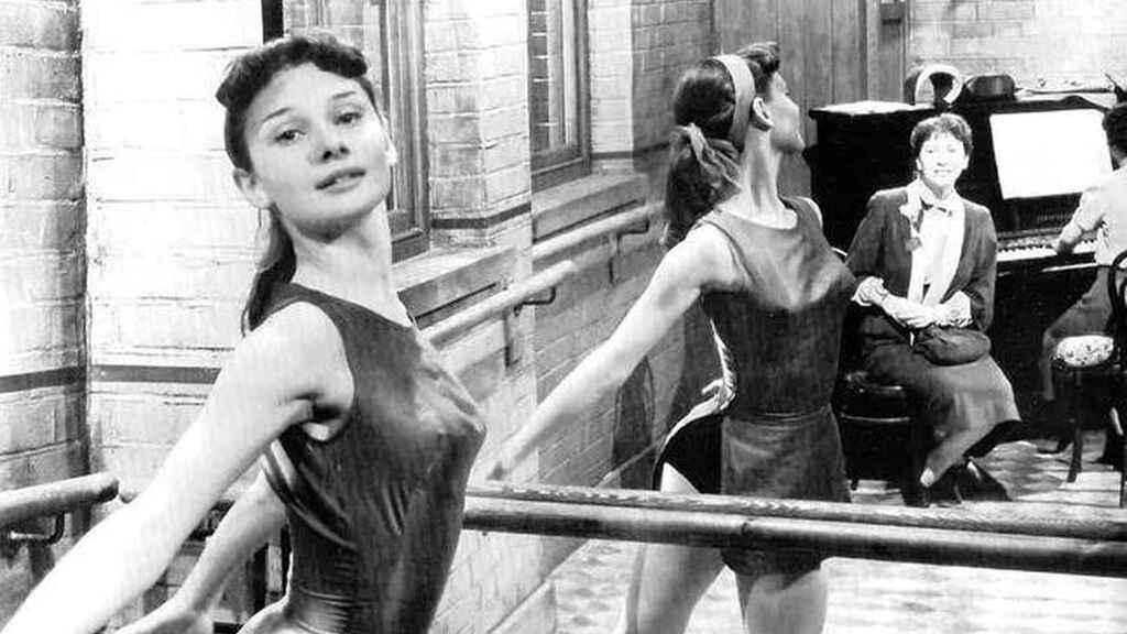 audrey hepburn ballet ana frank