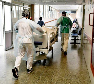 minsal casos coronavirus alza de contagios covid-19 arica jueves cuarentena graves uci cuantos cantidad