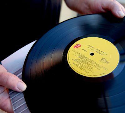musica vinilo discos albumes impacto ambiental contaminan elaboracion fabricacion componentes cuanto demoran en desintegrarse