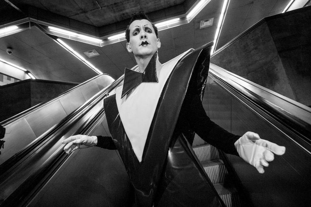 klaus nomi david bowie snl saturday night live corista extraterrestre artista aleman